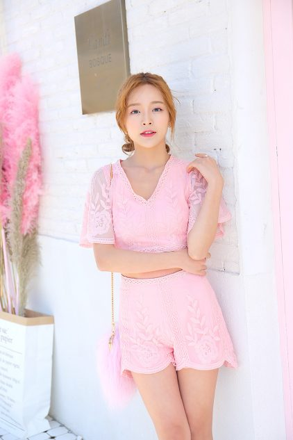Valentine Short in Pink