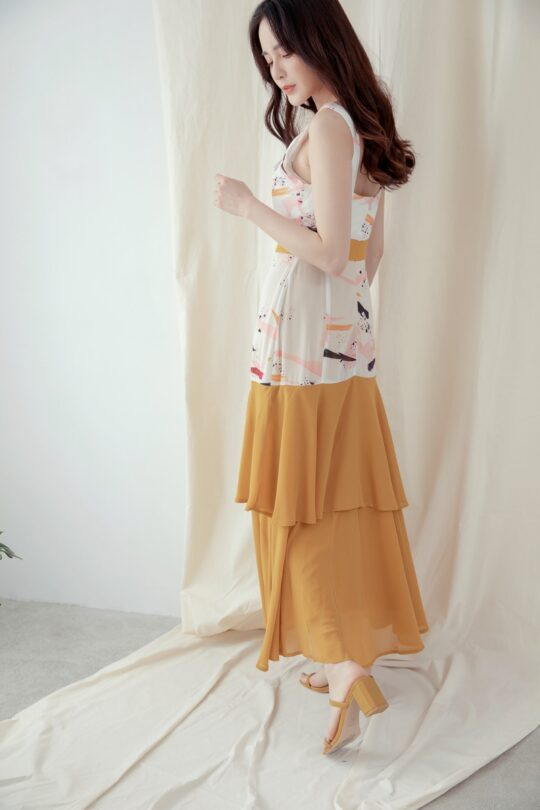 Vivian Dress in Abstract White 9