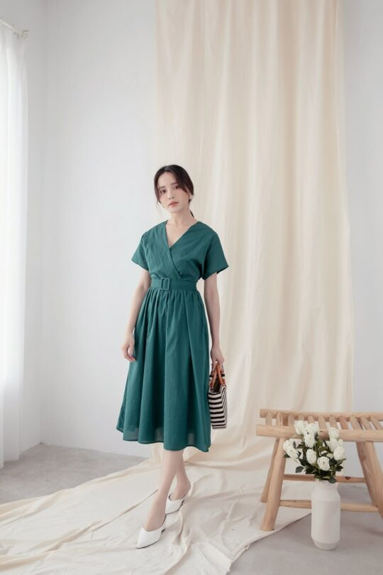 Mary Midi Dress in Green 3