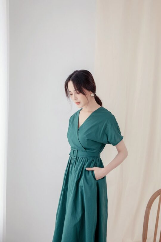 Mary Midi Dress in Green 5