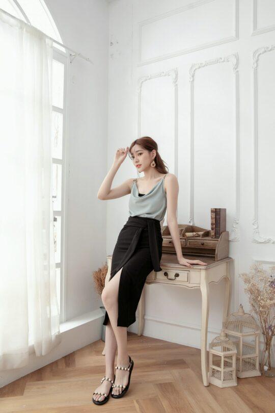 Slit Midi Skirt Black 9