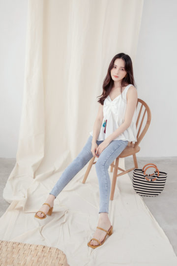 Ding Top White 11
